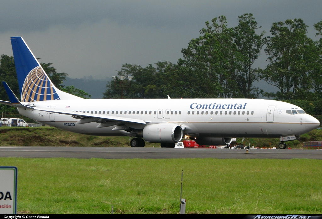 N73270 - Boeing 737-800 - Continental Airlines