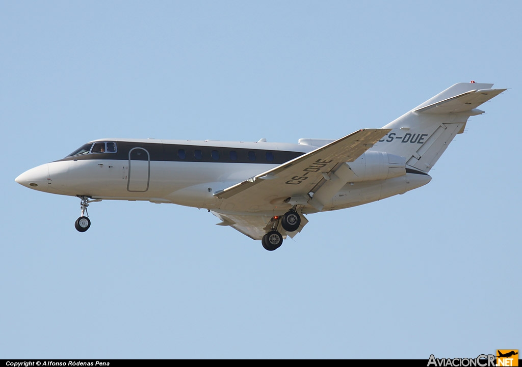 CS-DUE - Hawker Beechcraft 750 - NetJets