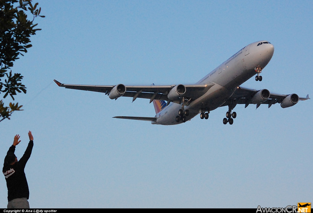 RP-C3434 - Airbus A340-313X - Phillipines Airlines