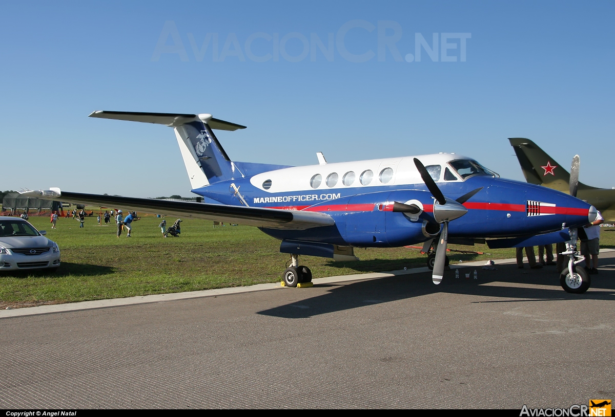 N996LM - Beechcraft 200 Super King Air - USA - Marines