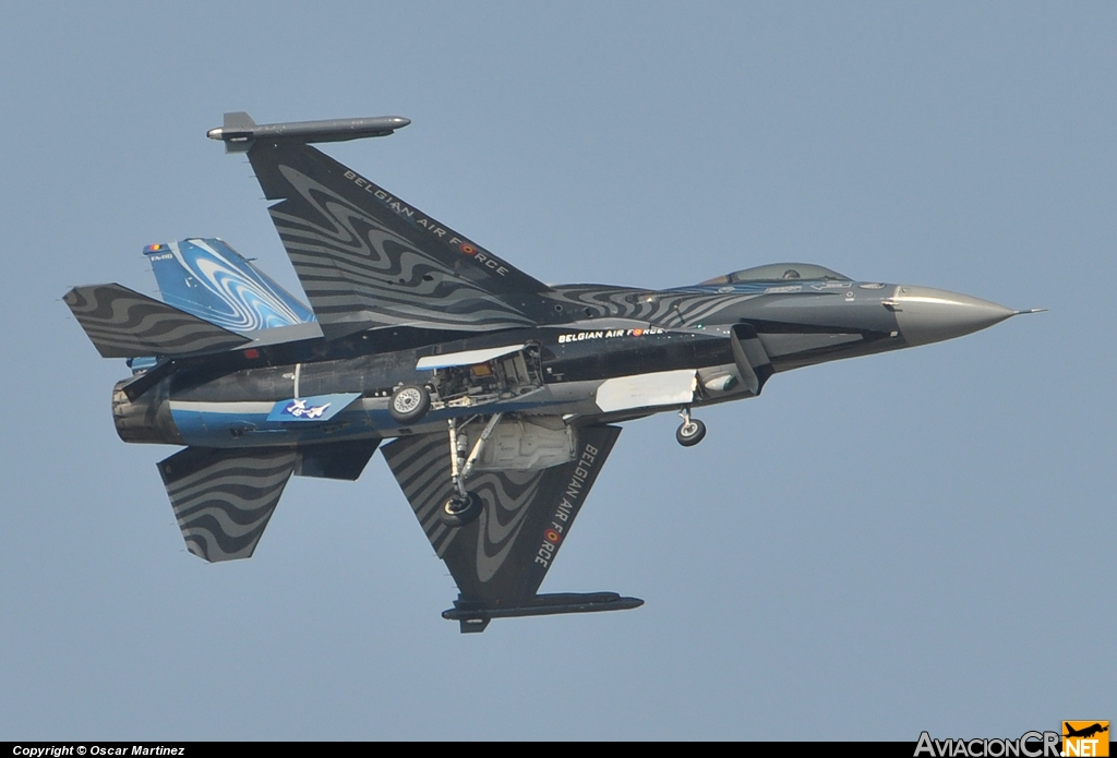 FA-110 - General Dynamics F-16A Fighting Falcon - Bélgica - Fuerza Aérea