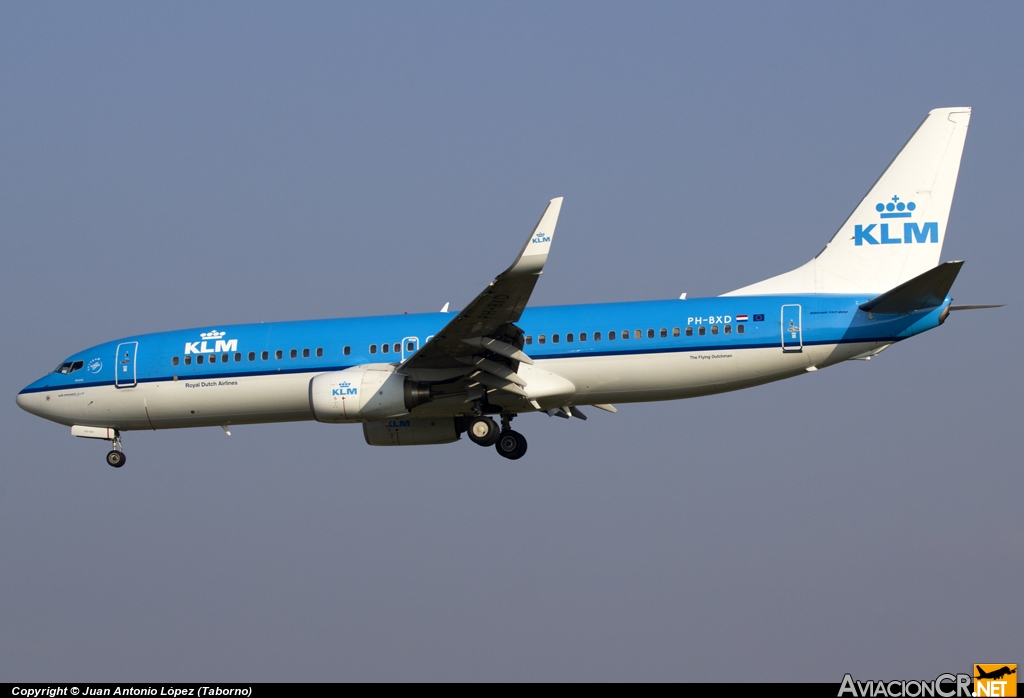 PH-BXD - Boeing 737-8K2 - KLM - Royal Dutch Airlines