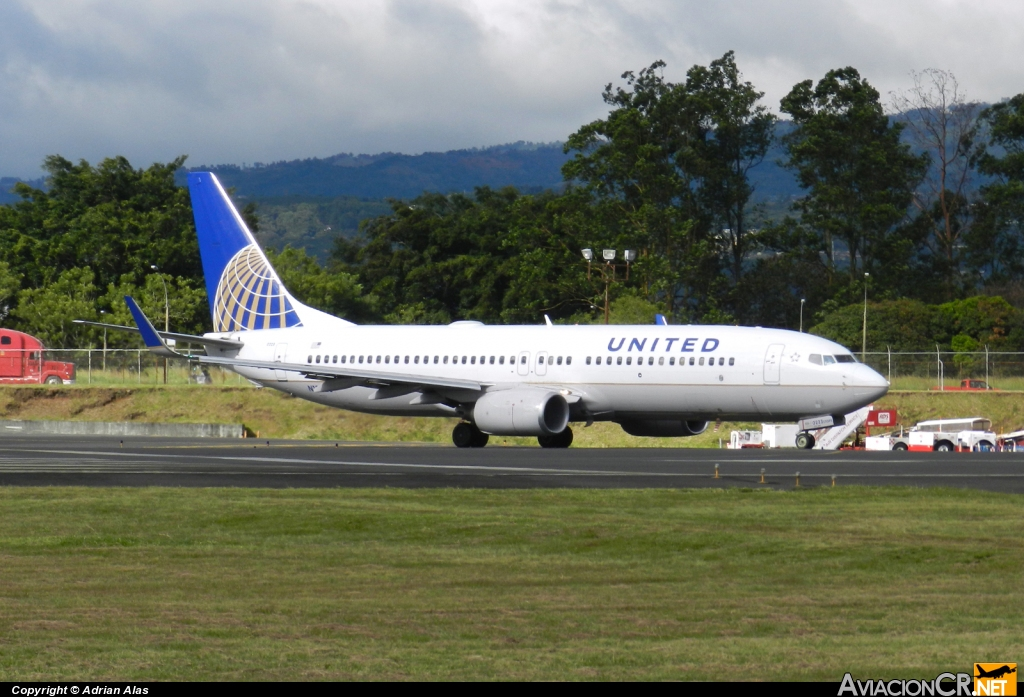 N18223 - Boeing 737-824 - United Airlines (Continental Airlines)