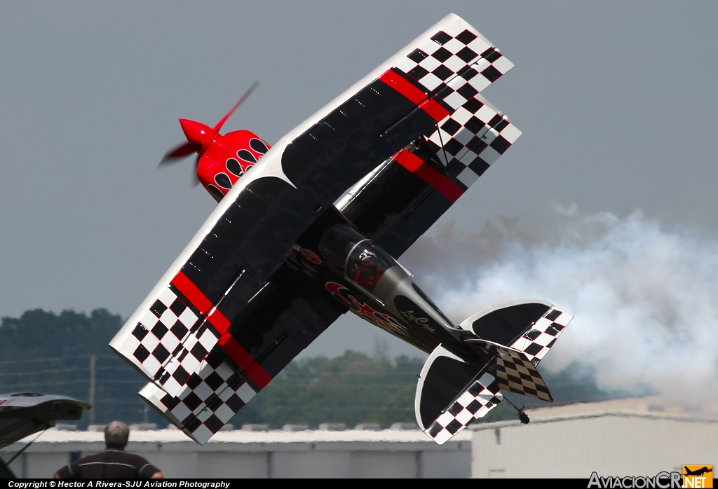 N540SS - Pitts S-2S Special - Privado
