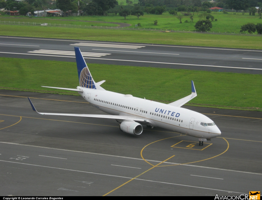 N24224 - Boeing 737-824 - United (Continental Airlines)