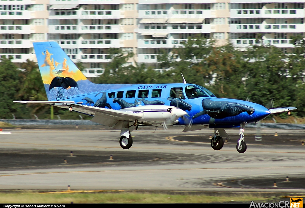 N69SC - Cessna 402C - Cape Air