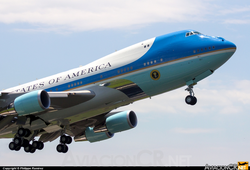 92-9000 - Boeing VC-25A (747-2G4B) - USA - Air Force
