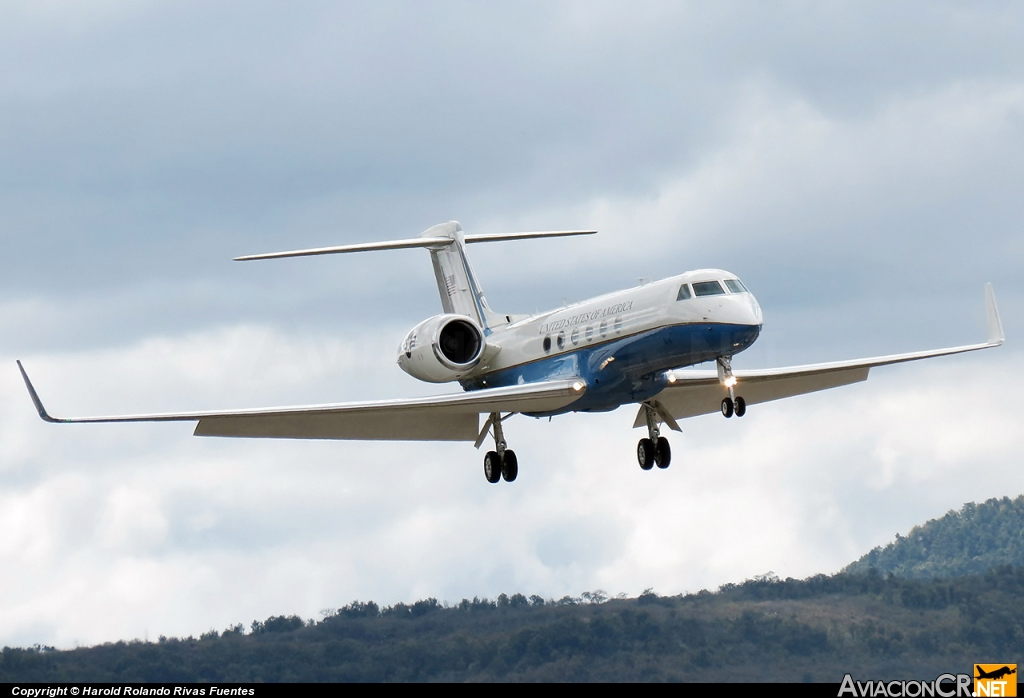 97-0400 - Gulfstream Aerospace C-37A Gulfstream V (G-V) - U.S. Air Force
