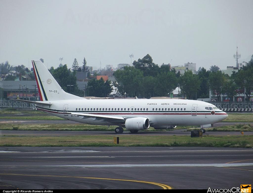 Boeing 737 Fuerza Aérea Mexicana Avcr_77605