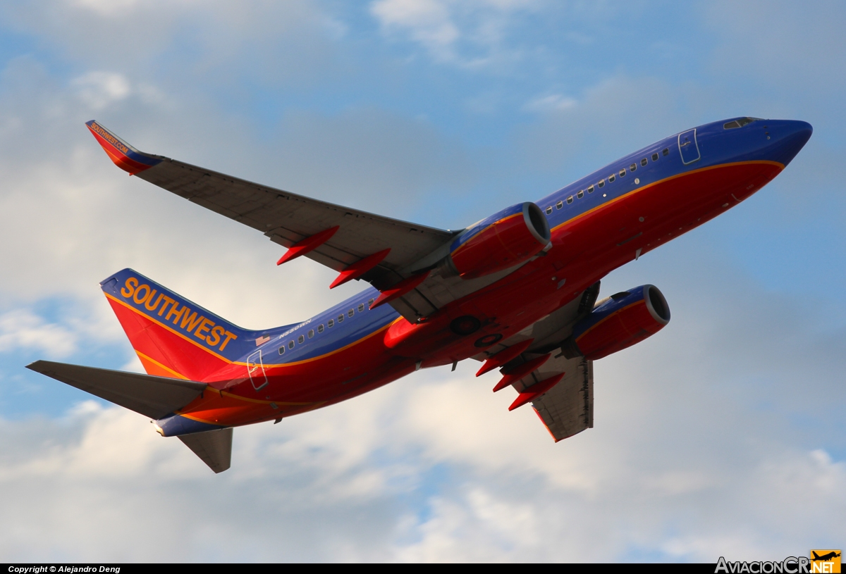 N550WN - Boeing 737-76Q - Southwest Airlines