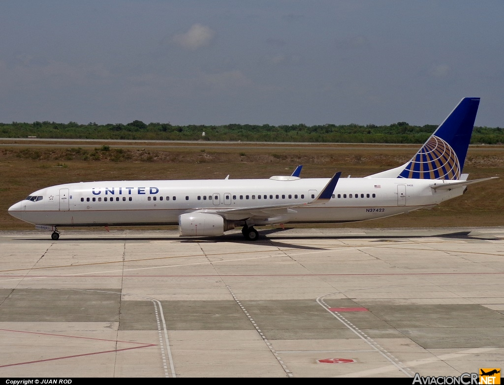 N37422 - Boeing 737-924/ER - United Airlines