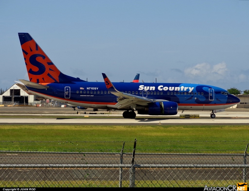 N710SY - Boeing 737-7Q8 - Sun Country