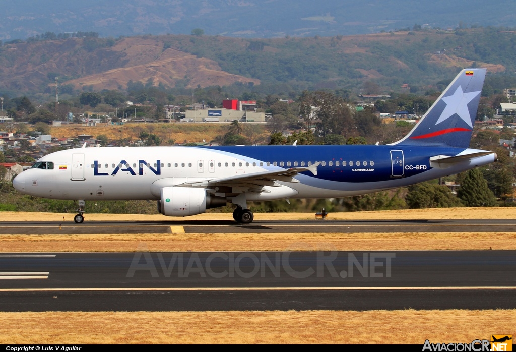 CC-BFD - Airbus A320-214(SL) - LAN Airlines