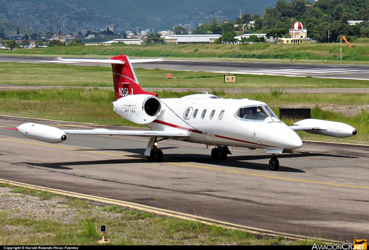 N35LJ - Learjet 35A - Privado